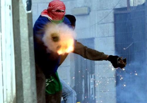ערבי יורה זיקוקים. ארכיון