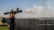 צפו: תושבי שכונות התפר זועמים על ירי הזיקוקים