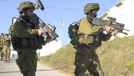 Two IDF Soldiers Wounded by Explosive Charge Thrown by Arabs in Shechem