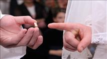 """רוב בישראל: """"גורם חשוב בנישואין – נאמנות בין בני זוג"""""""