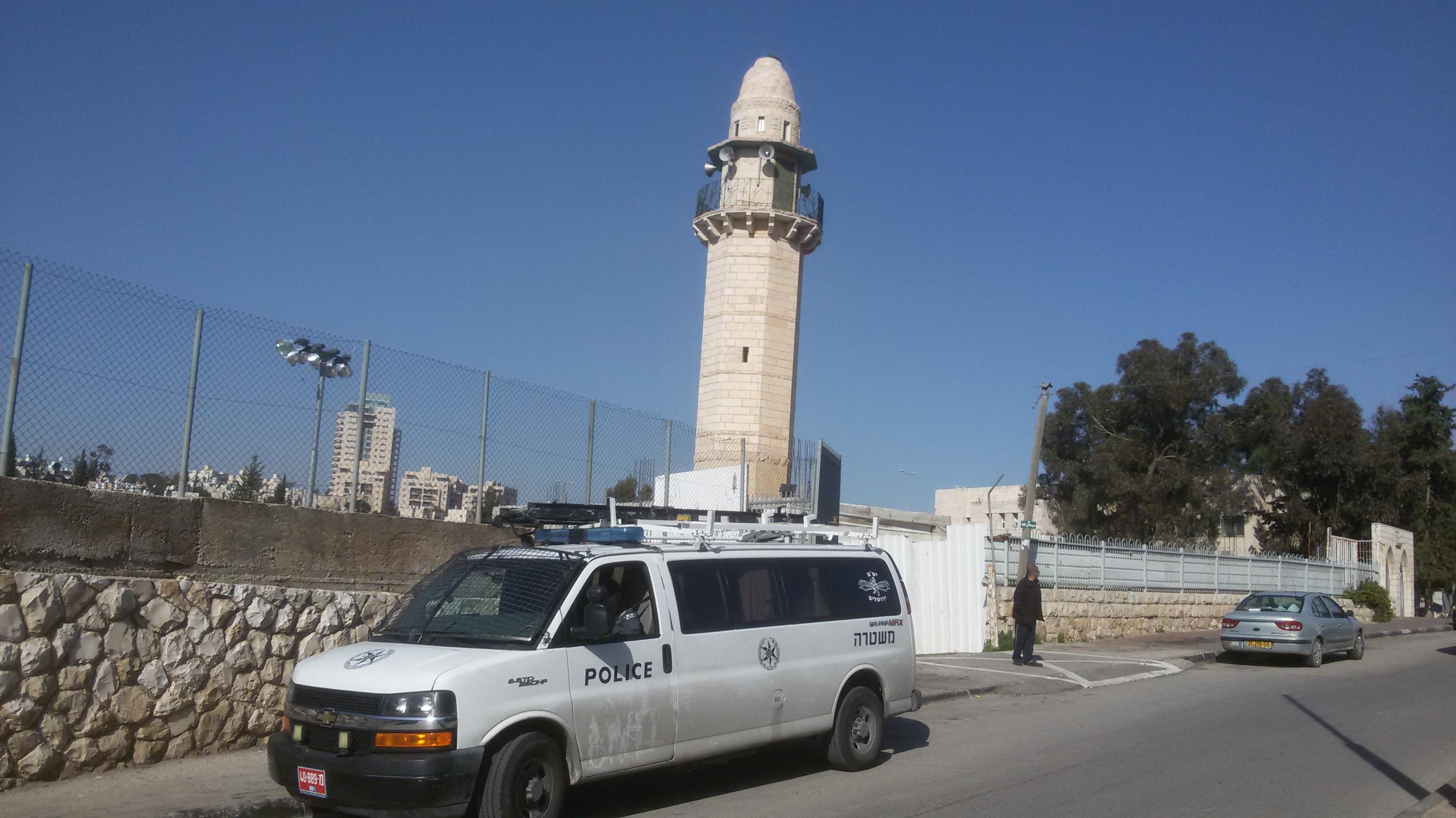 כוחות משטרה בשכונה ערבית בדרום ירושלים. ארכיון אהוד אמיתון TPS