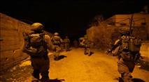 """שכם: שני חיילי צה""""ל נפצעו ממטען שהשליכו ערבים"""