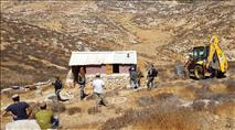 """צפו: צה""""ל הרס בית במצפה אשתמוע"""