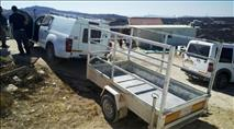 זעם בחוות גלעד: פקחים החרימו עגלה וכלי עבודה