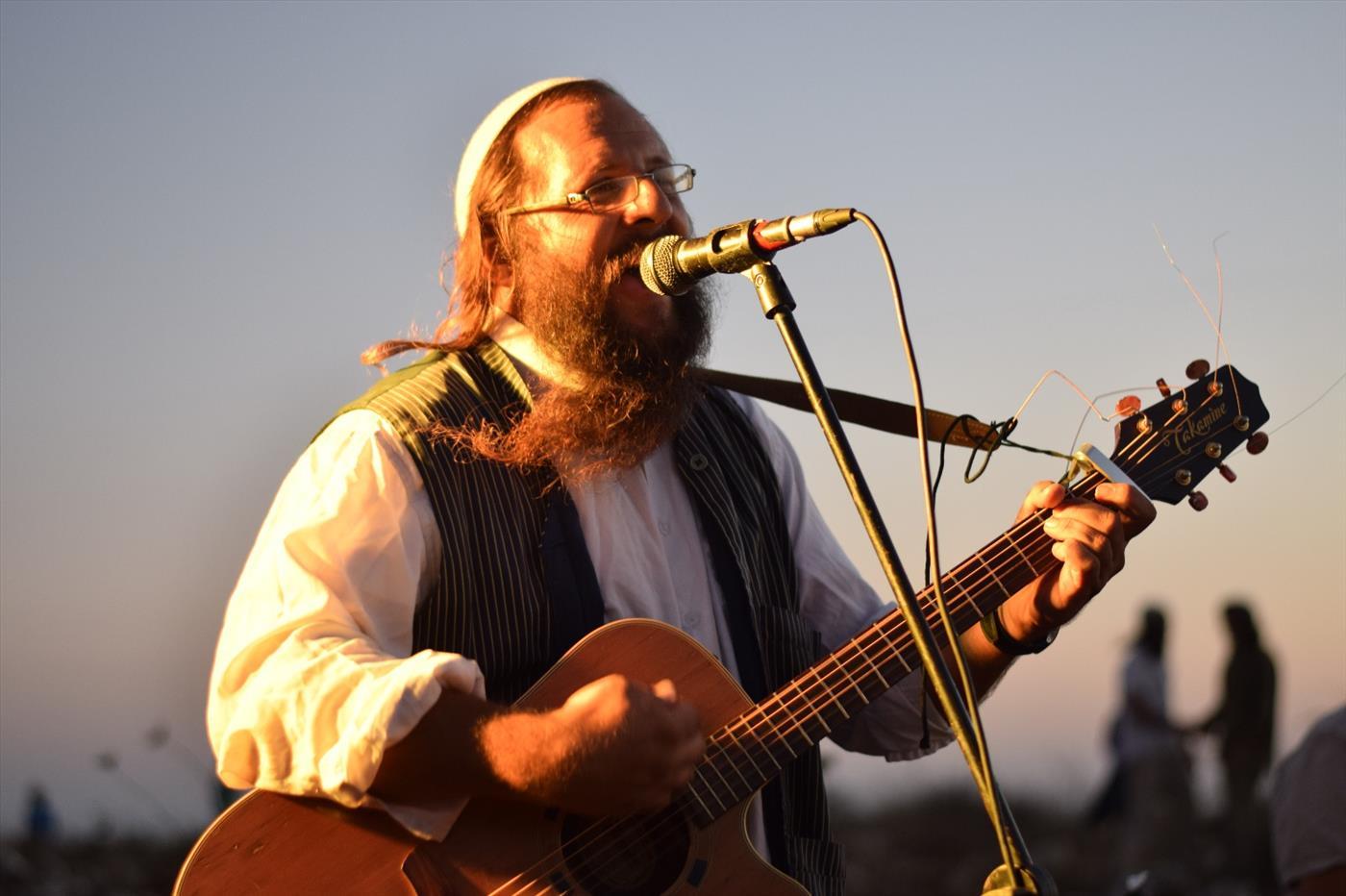 ירמיהו פיחה מנגן