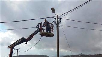"""המנהל """"עבד"""" על בן דהן וישוב שלם כמעט נותק מחשמל"""