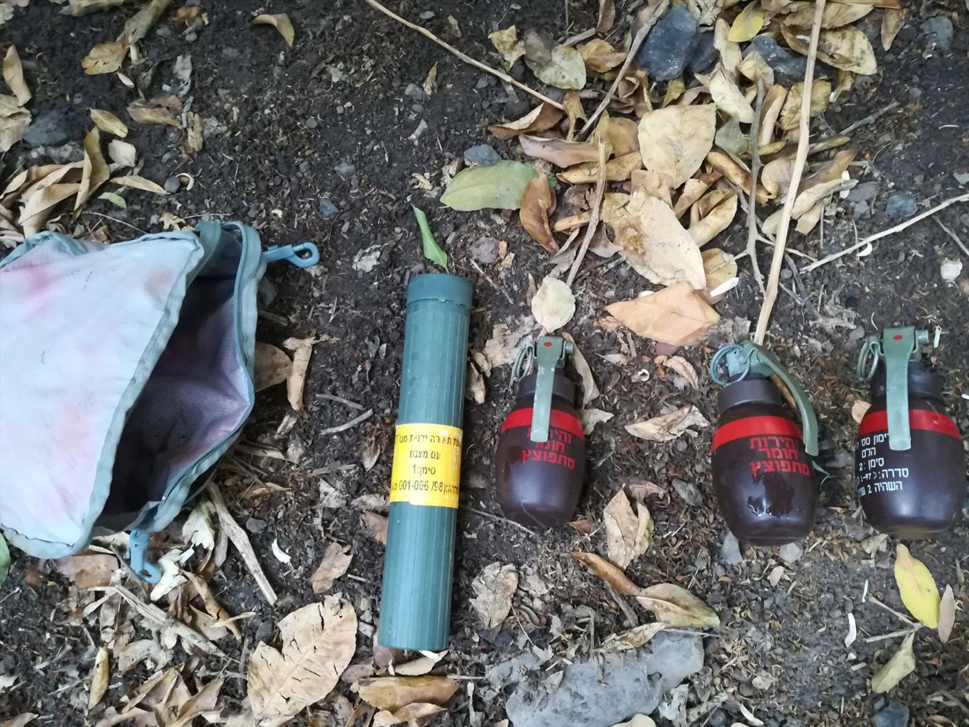 נשק שנתפס בשבועיים האחרונים בכפרים ערבים בצפון. צילום: דוברות המשטרה