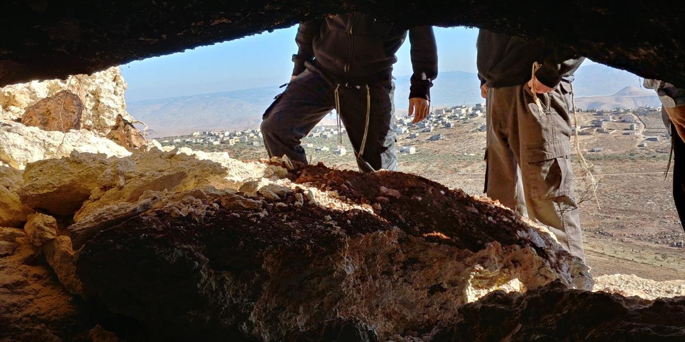 המערה בה אירע הלינץ' ונסתמה בידי ערבים. צילום: אלחנן גרונר הקול היהודי