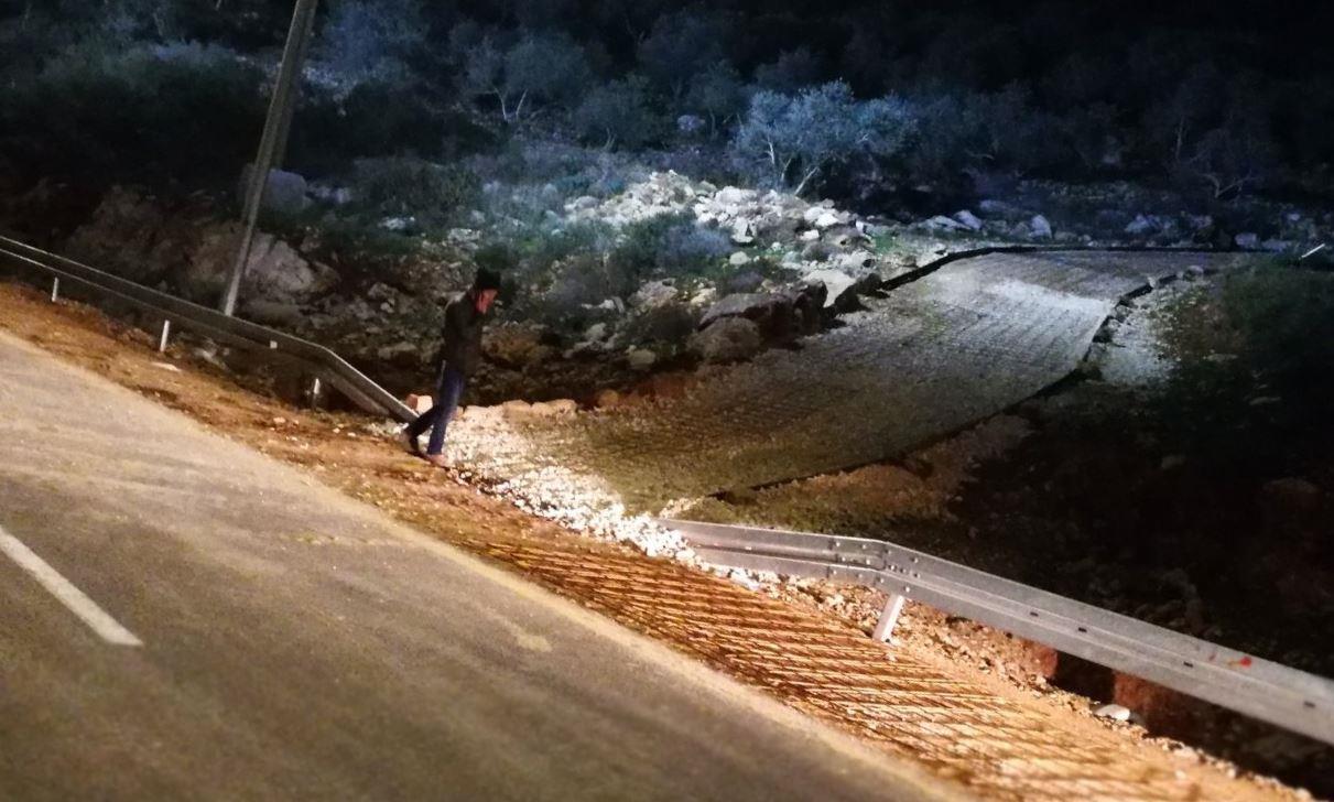 הכביש בין הכפר עזון לאלמתן (צילום: שלומית גולדין - הלוי)