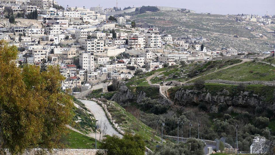 גדר ההפרדה מהמקום בו היו השכונות (ניר כהן)