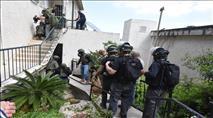 מסתמן: אישום נגד ערבי שירה לעבר כלי רכב והצית משרדים