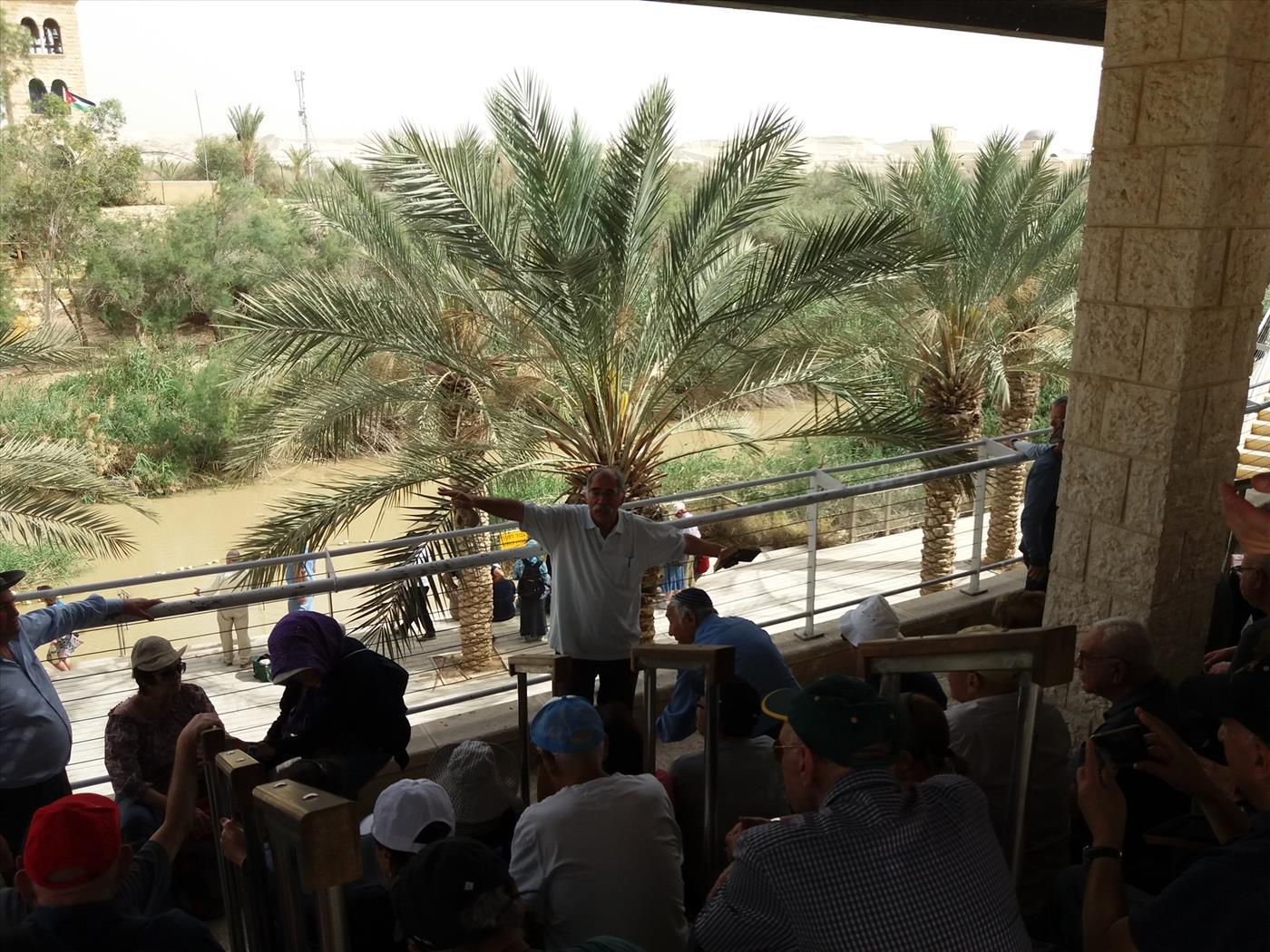 זאב ז'אבו ארליך מדריך במעברות הירדן (תרבות ומורשת יריחו)