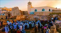 עשרות התפללו בבית הכנסת העתיק בסמוע
