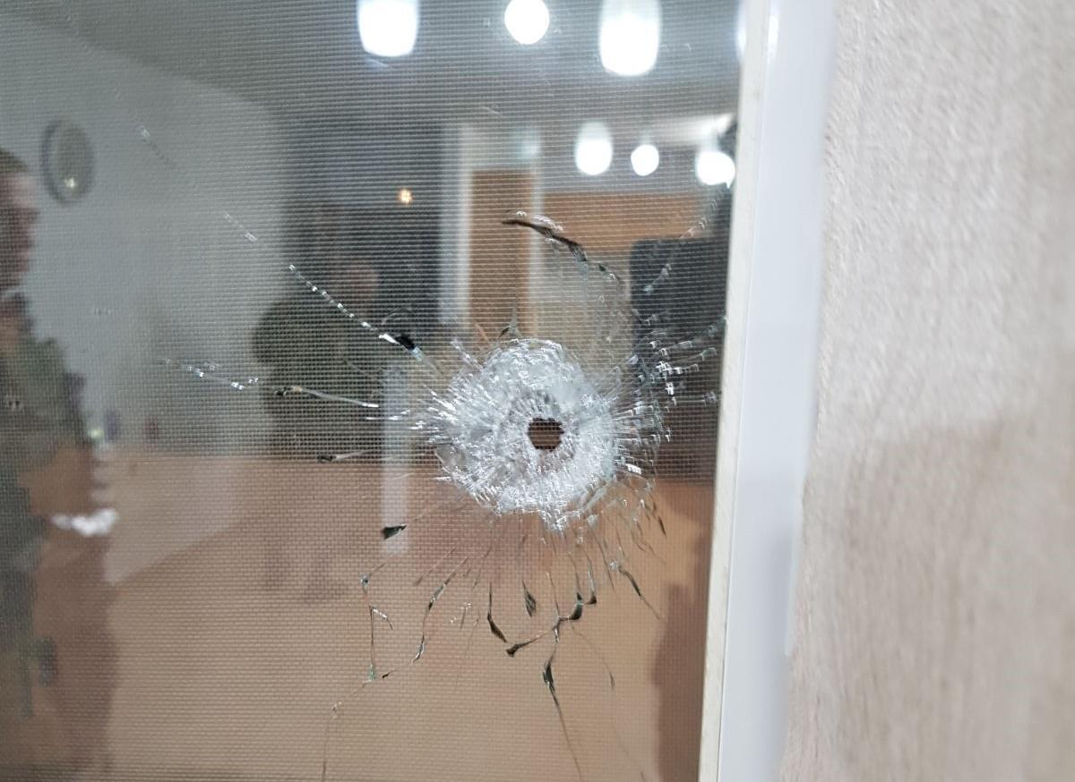 פגיעת ירי בבית ביישוב בית אל (צעירי בית אל)