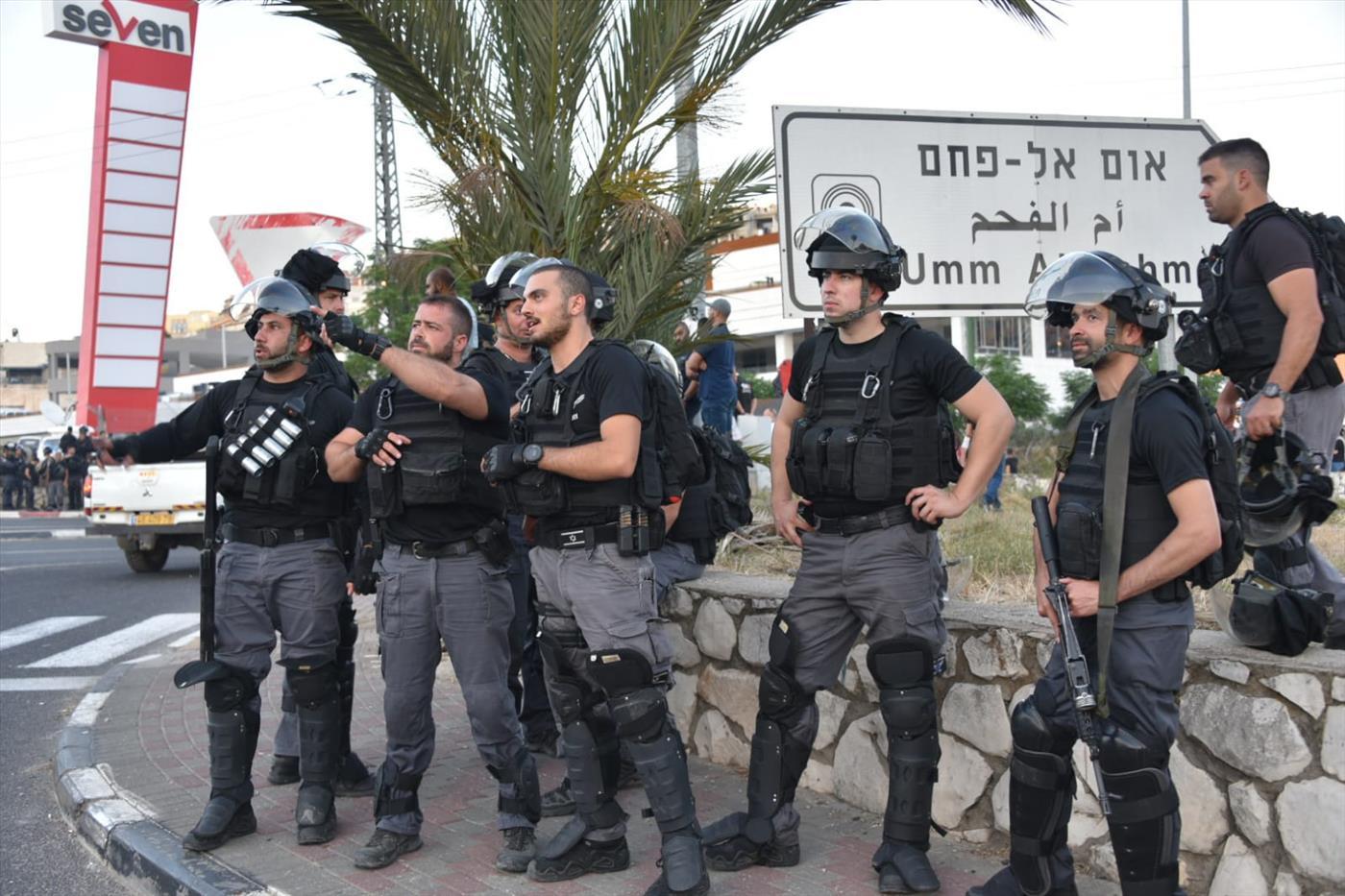 כוחות משטרה באום אל פחם. ארכיון  (דוברות המשטרה)