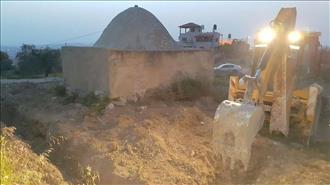 הקבר המיוחס לשופט יהפוך למסגד נגד חוות גלעד