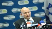 בנט תומך בהכנסת פועלים מעזה לישראל