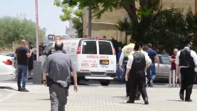 זירת הפיגוע בעפולה (דוברות המשטרה)