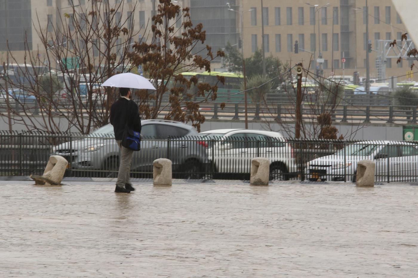 גשם (שלמה מלט)