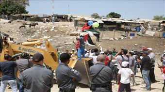 המדינה מבקשת לדחות שוב את פינוי חאן אל אחמר