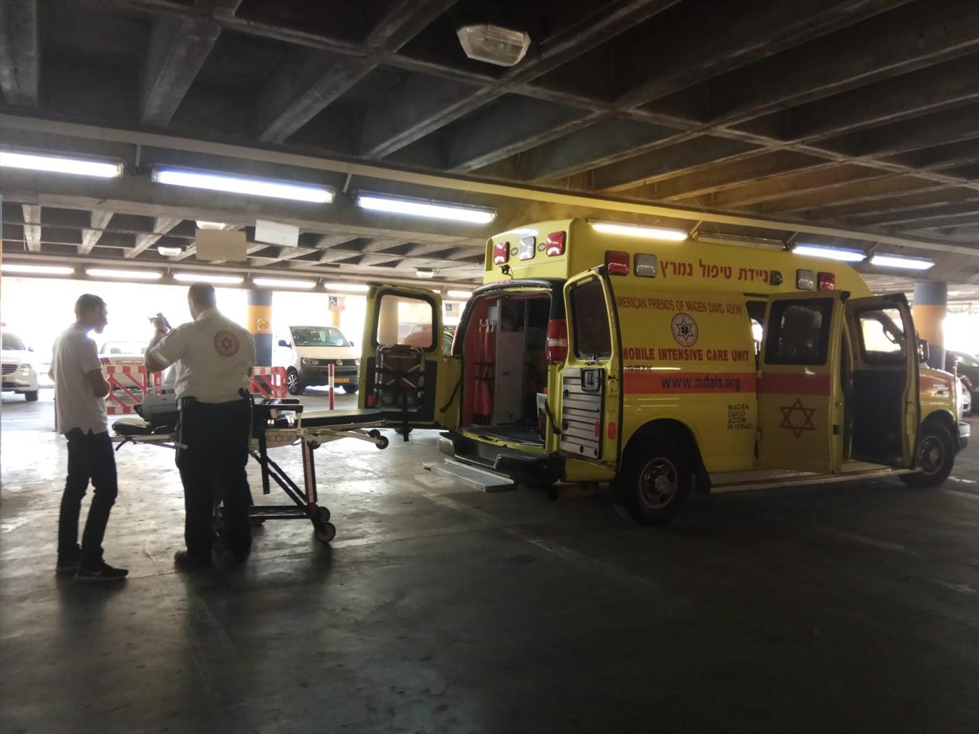 הפצוע מצומת הגוש מפונה לבית החולים (אסתי דזיובוב TPS)