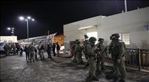 מחבל חדר לתחנת משטרה ודקר שוטרים