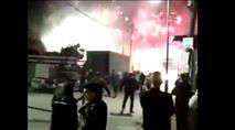 צפו: שוטרים מותקפים בזיקוקים בכפר מנדא ונסוגים