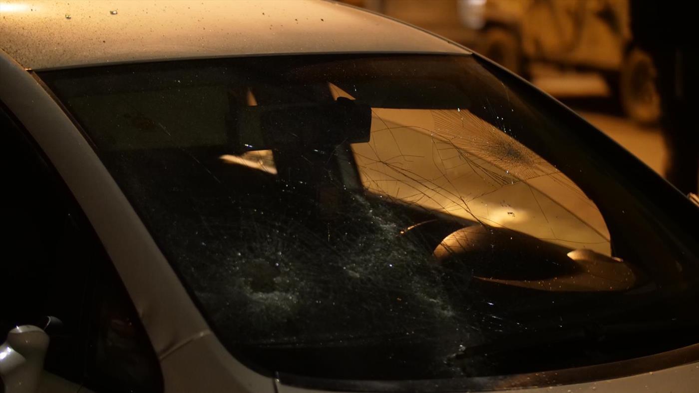 נזק שנגרם לרכב של ערבי סמוך להפגנת מחאה בשומרון (אברהם שפירא)