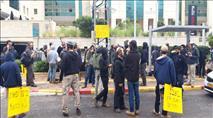 צפו: תומכים רבים בכניסה לבית המשפט