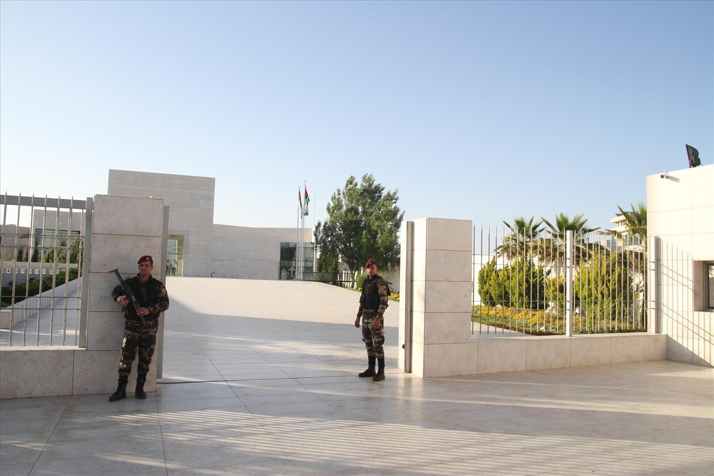 משרדי הרשות הפלסטינית במוקטעה ברמאללה (אהוד אמיתון TPS)