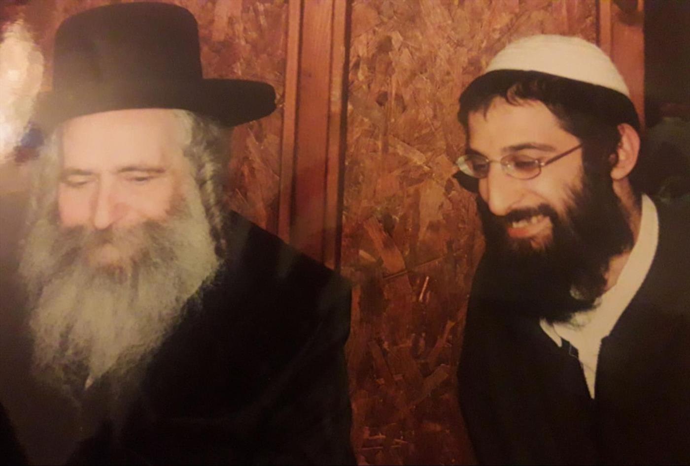 """הרב אריאל לוי (מימין) עם הרב קעניג זצ""""ל  (צילום: יוסף לוי)"""