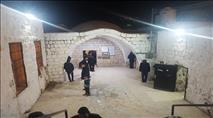 מאות נכנסו הלילה להתפלל בקבר יוסף בשכם