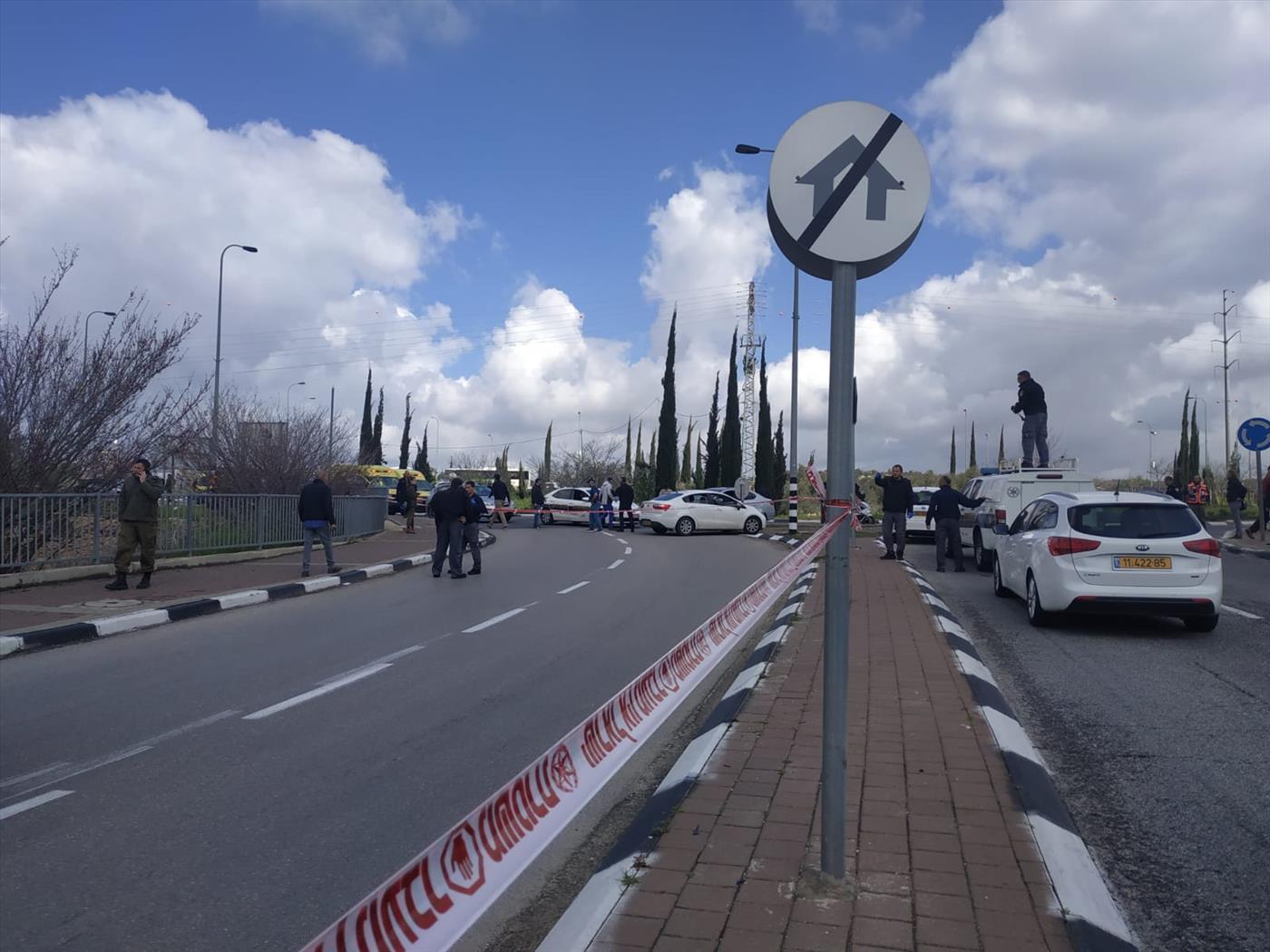 זירת הפיגוע בצומת אריאל (בלב החדשות)