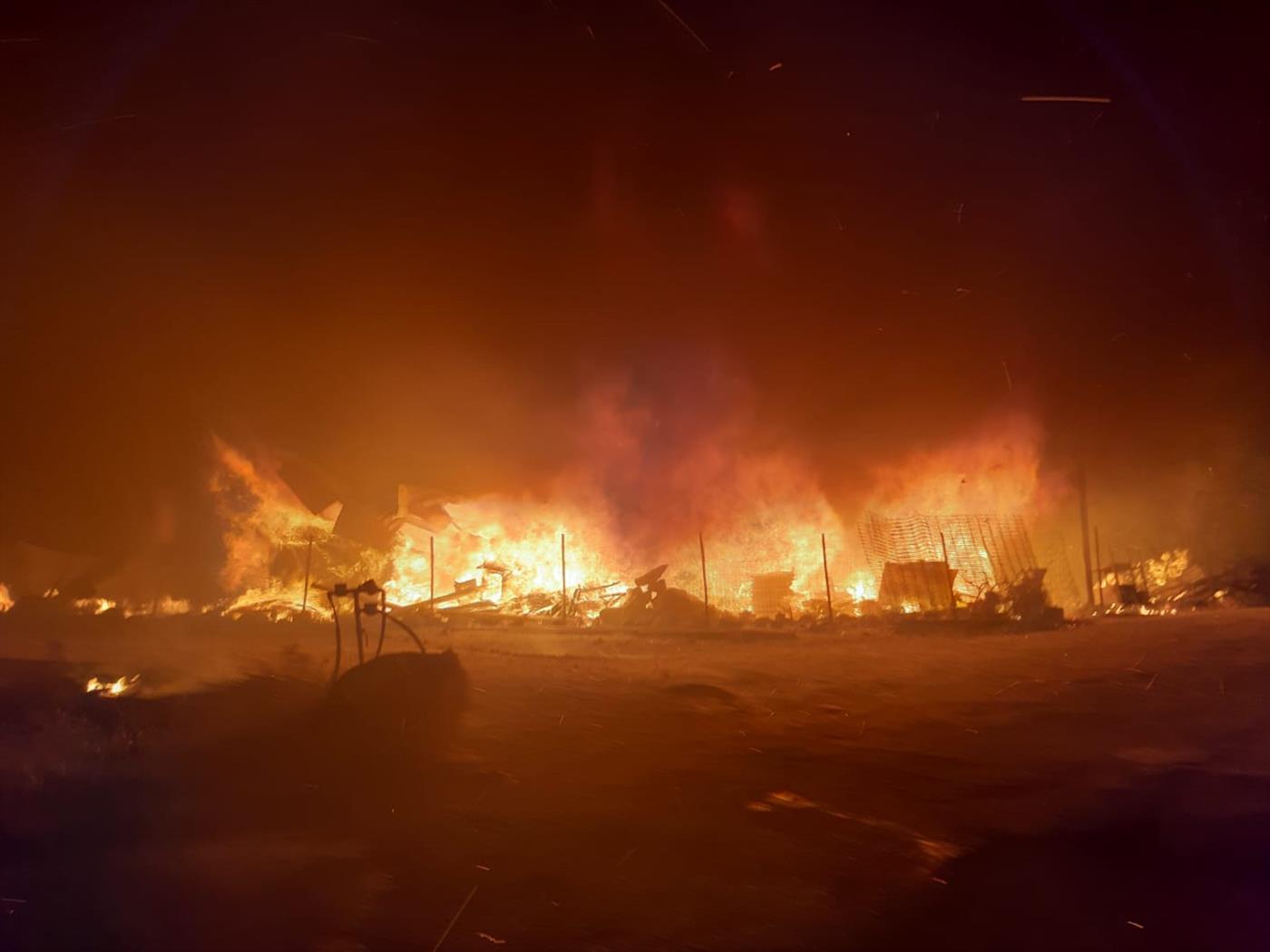 האש מכלה את ביתו של שמואל צייגר
