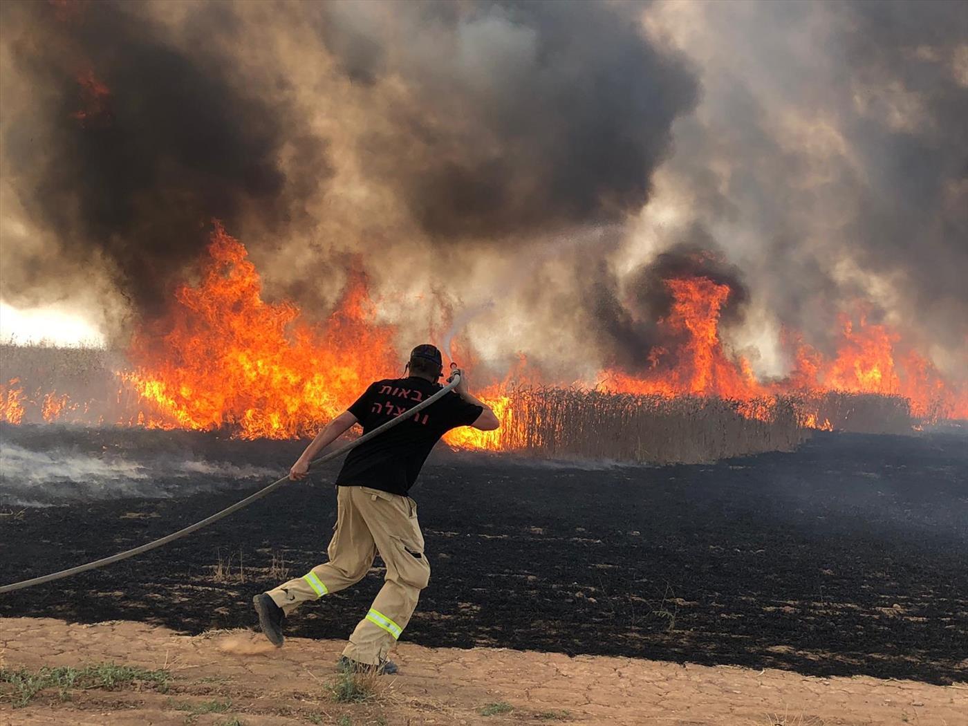 שריפה בנחל עוז היום (אושרי צימר חדשות 24/7 בפייסבוק)