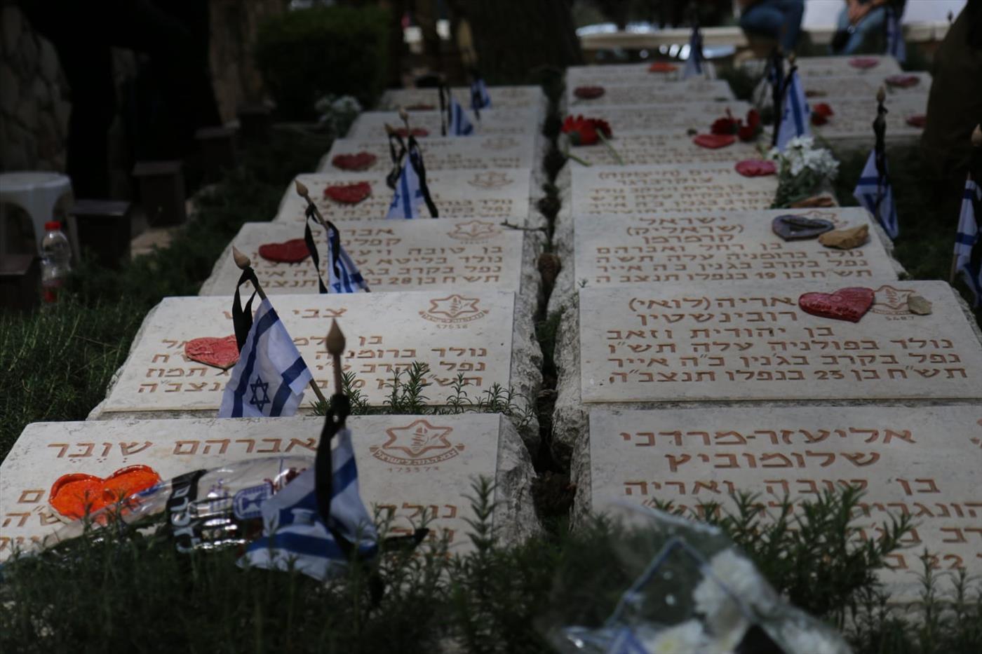 בית העלמין הצבאי בהר הרצל (איתן שויבר TPS)