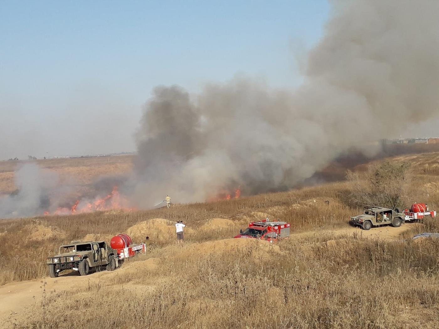 ישראל מכניסה דלק - האש ממשיכה לבעור. מה קורה בעזה?