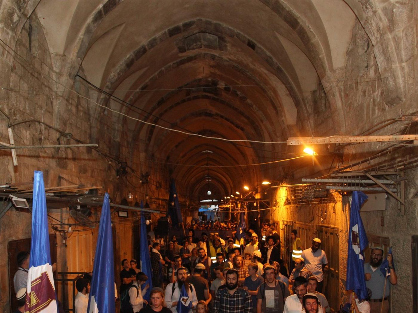 סיבוב השערים (צילום: זבול יעקבי)
