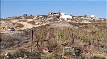 מגבעה לשכונה - תושבי קומי אורי מגייסים כסף לתשתיות חשמל