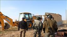 """צה""""ל והמשטרה הרסו בית מוגרים בחוות מעון"""