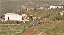 """צה""""ל והמשטרה הרסו בתי משפחות בשומרון"""