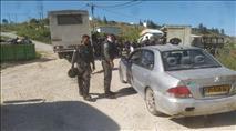 המשטרה מנסה למנוע את הברית למשפחת זארוג בקומי אורי