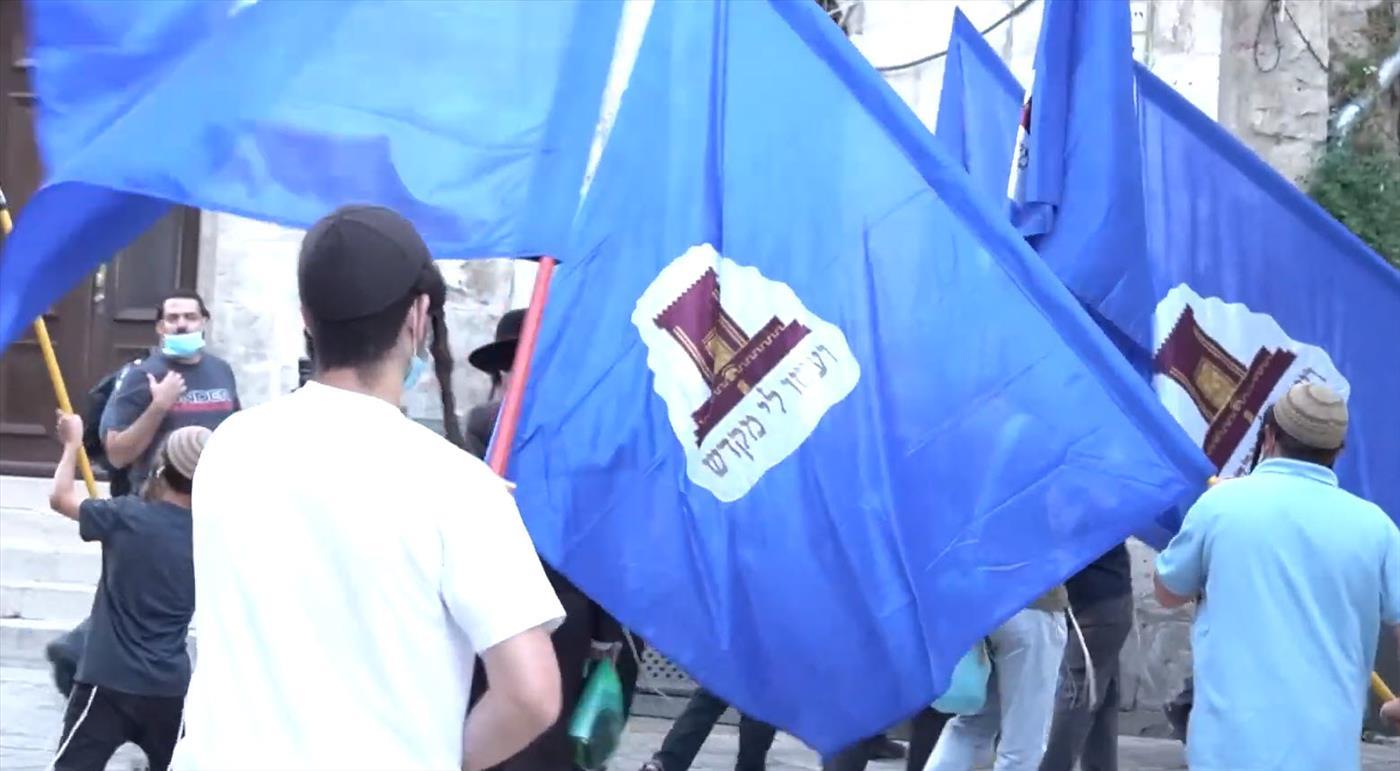 בדגלי מקדש, שירה וריקודים - סיבוב השערים חזר לפעילות
