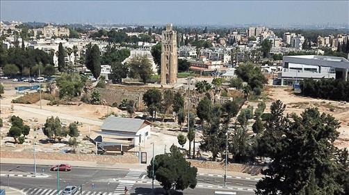 רמלה: ערבים ירו והשליכו מטען - יהודי נעצר לאחר שירה באוויר