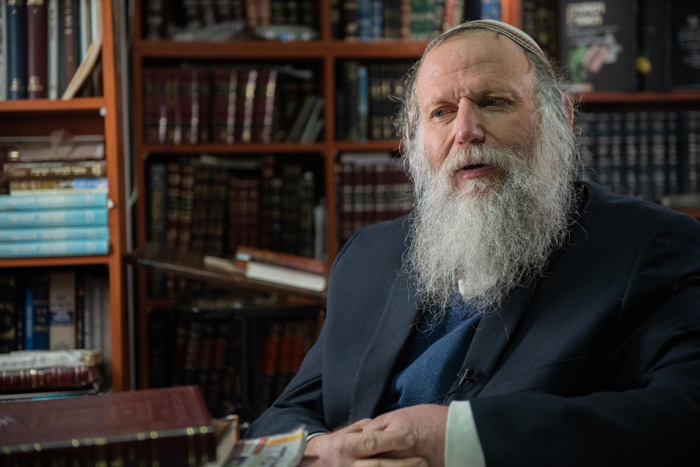 הרב יהושע מרדכי שמידט