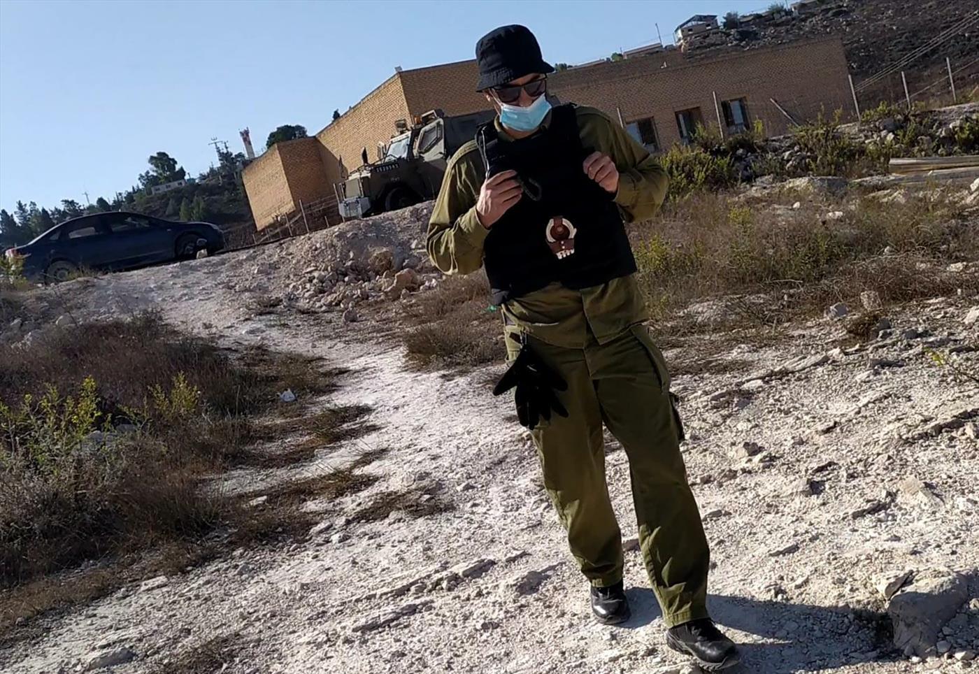 בלש משטרה במדי צבא ביצהר (אלחנן גרונר הקול היהודי)