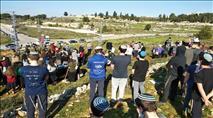 משפחות וילדים עלו לעצרת ונטיעות בגבעת האור