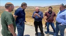 """ראש השב""""כ לשעבר הגיע לסיור מיוחד בעמיחי ובגבעות שילה"""