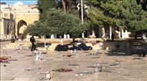לאחר תפילת יום שישי; התפרעויות ערבים אלימות בהר הבית