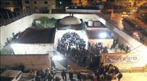 הלילה: אלפים בקבר יוסף